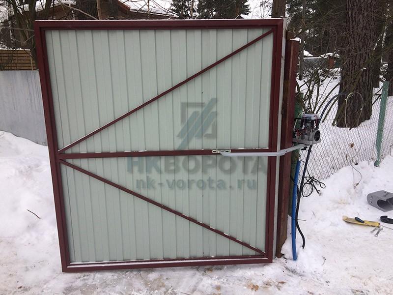 Автоматические ворота и рольставни фасад